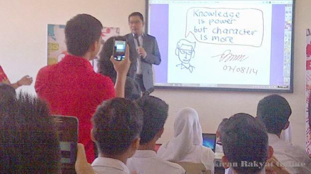 Smart Digital Classroom Diresmikan di SMAN 3 Bandung
