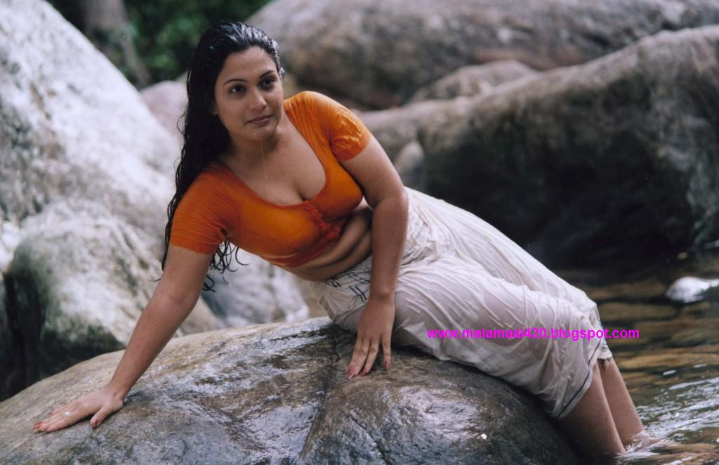 Mallu Actress Pramila : Porn Videos at PussySpacecom