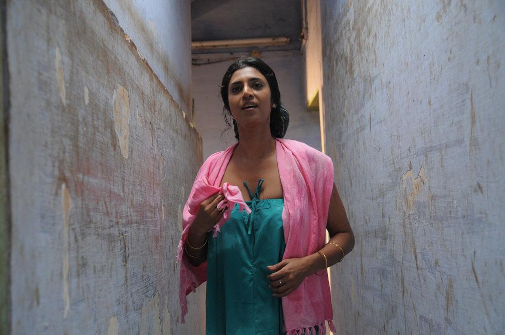 movie kasthuri hot photos naanga movie new hot stills naanga movie ...
