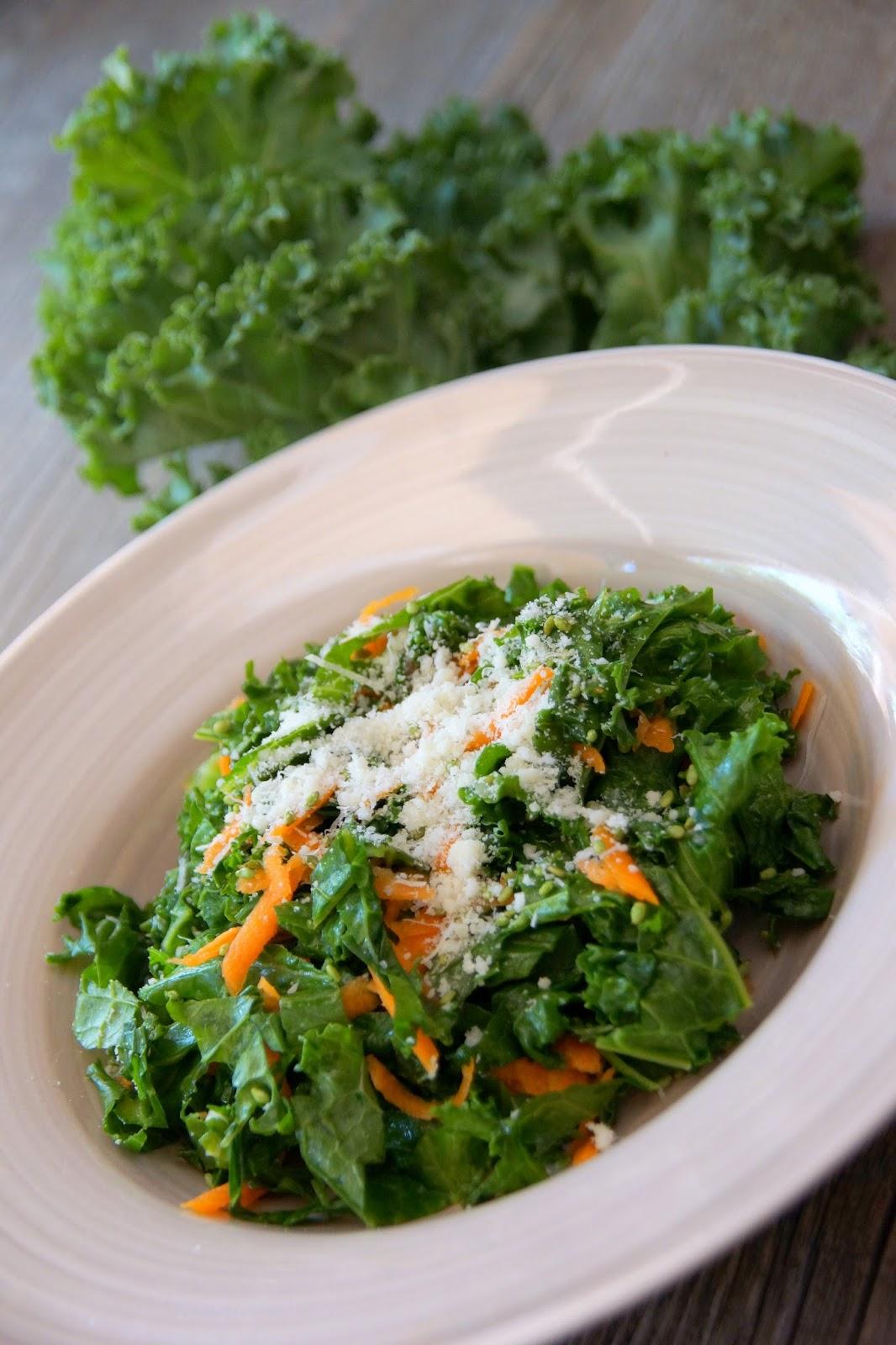 bienvenue chez spicy salade de kale le chou chou superfood. Black Bedroom Furniture Sets. Home Design Ideas