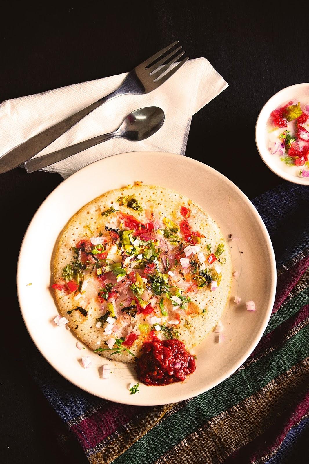 How To Make Uttapam ~ Onion and Tomato Uttapam | Eat Read ...