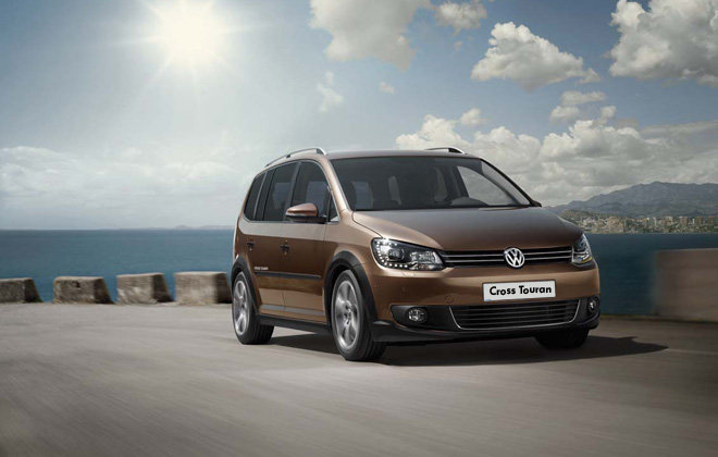 the new 2013 volkswagen cross touran car news and. Black Bedroom Furniture Sets. Home Design Ideas