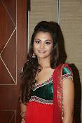 Naziya hussain latest glamorous photos-thumbnail-13
