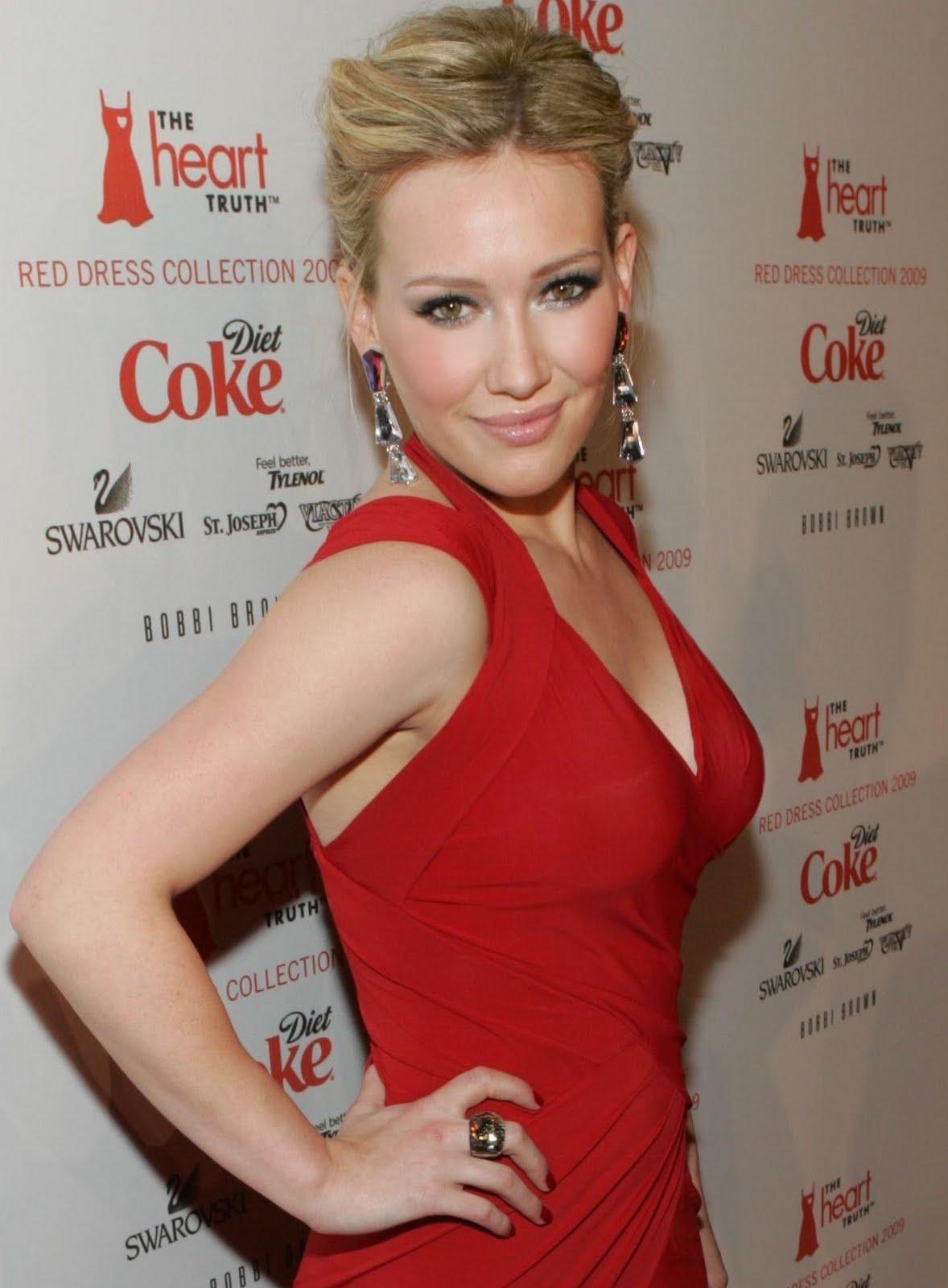 http://2.bp.blogspot.com/-f269TUiDCLU/TgJSUtbT7KI/AAAAAAAABXc/Msu4K10jNhU/s1600/Hilary_Duff_%25282009%2529.jpg