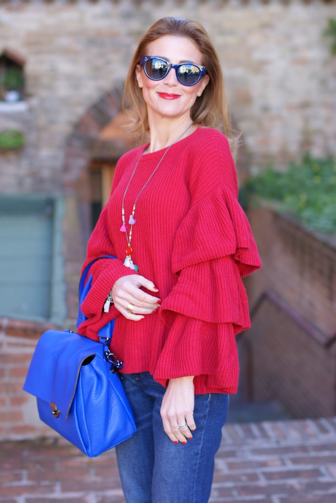 Ruffle sleeves sweater, Hype Glass sunglasses and Milly Wythe satchel bag on Fashion and Cookies fashion blog, fashion blogger style