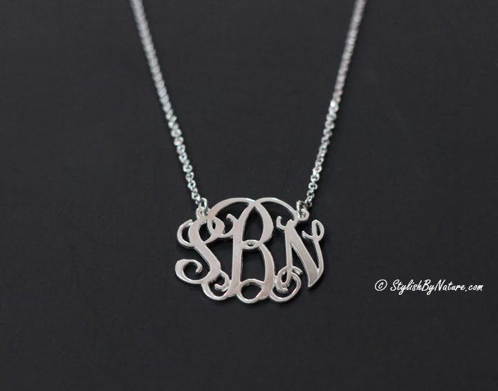 stylish name necklace online