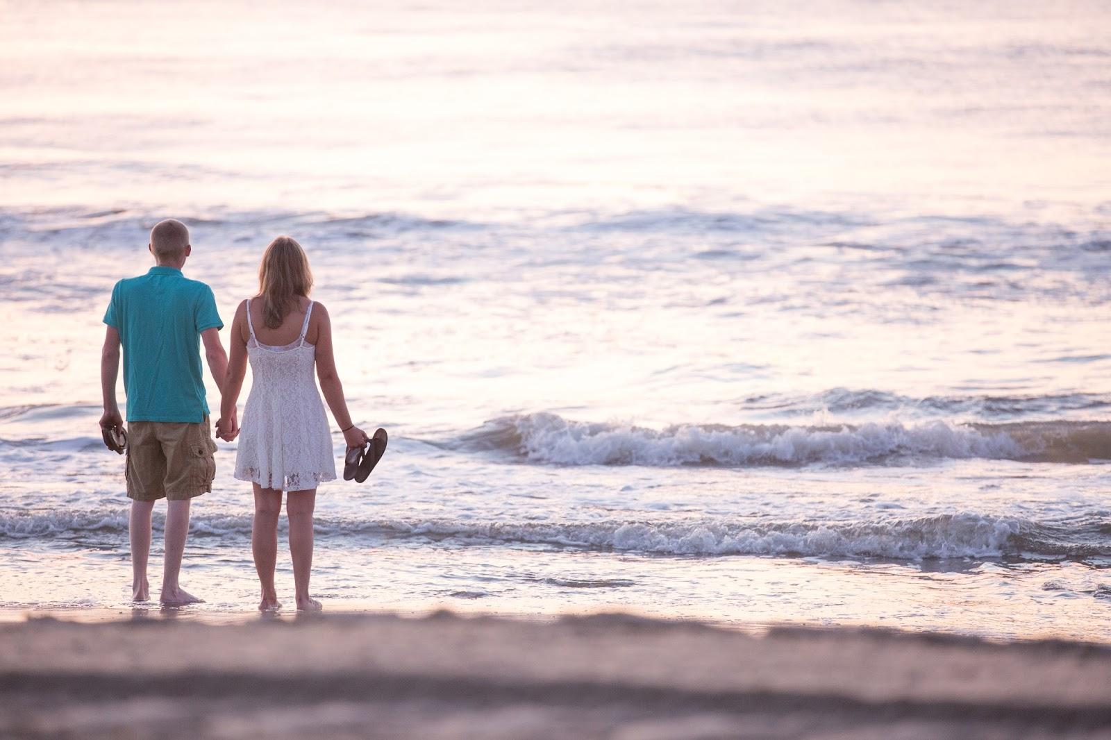 Ocean City Md Surprise Beach Wedding Proposal Engagement Photos Dana Marie Photography Photographer