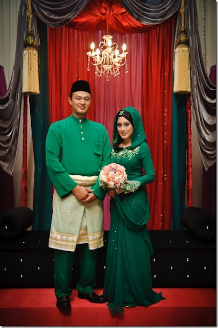 baju pengantin warna hijau pucuk pisang