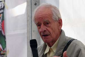 Pratiques autogestionnaires : entretien avec Charles Piaget