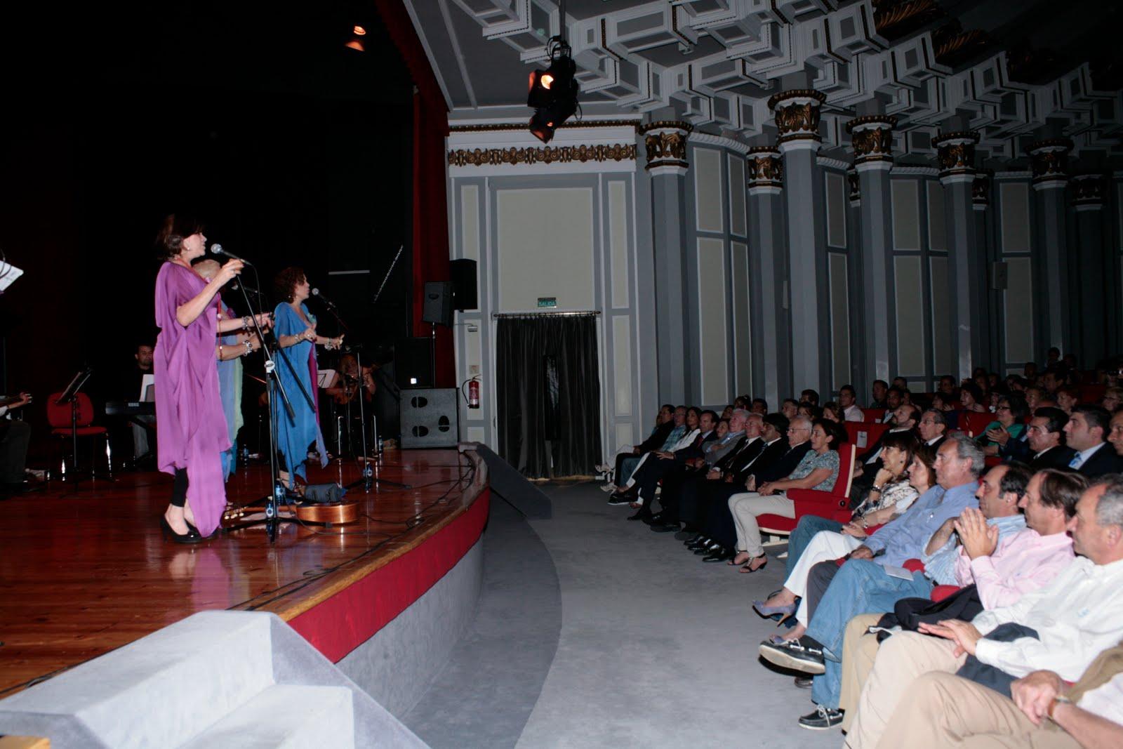 Asociaci n madres latinas concierto del grupo venezolano for Oficinas novacaixagalicia madrid