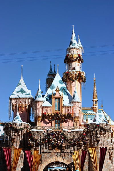 Sleeping Beauty Castle Holiday Disneyland