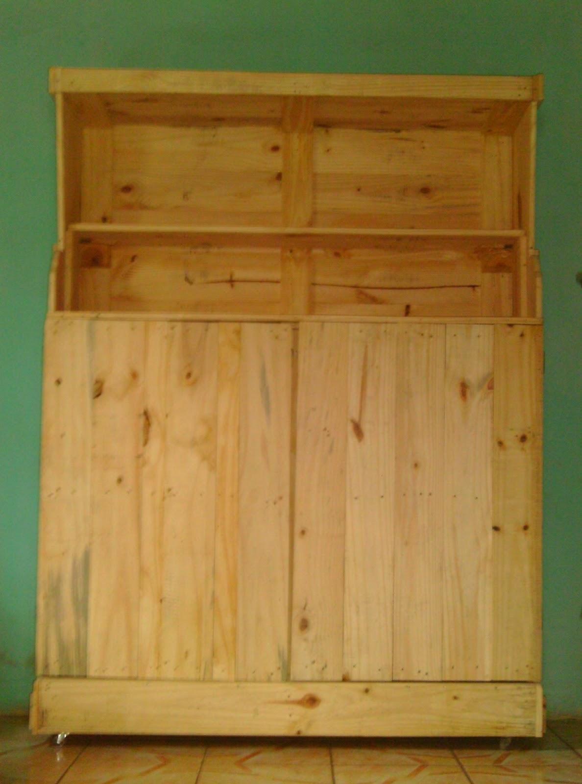pintando o 7 8 9 : Armário feito de pallet (estrados de madeira #7A460D 1188x1600