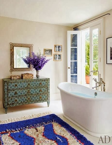 gorgeous bathrooms/lulu klein