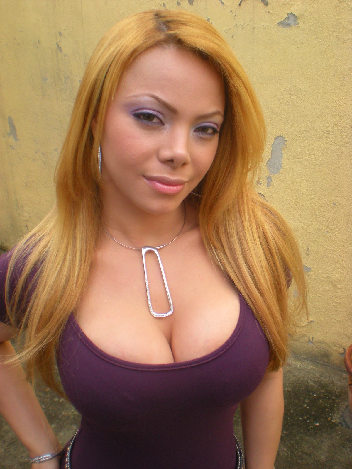 Pretty dominican women