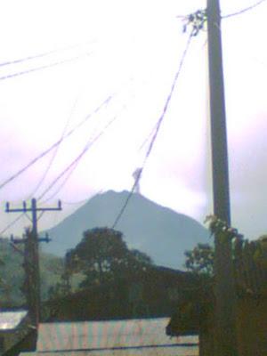 letusan gunung sinabung