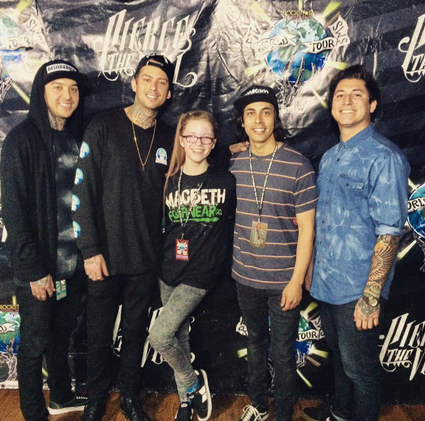 Generic pop punk review pierce the veil and sleeping with sirens right so the actual meet and greet process m4hsunfo