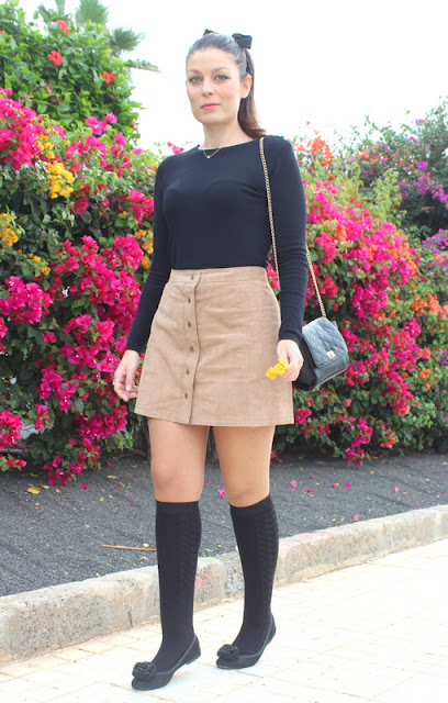 Brown_Suede_Skirt_The_Pink_Graff_04