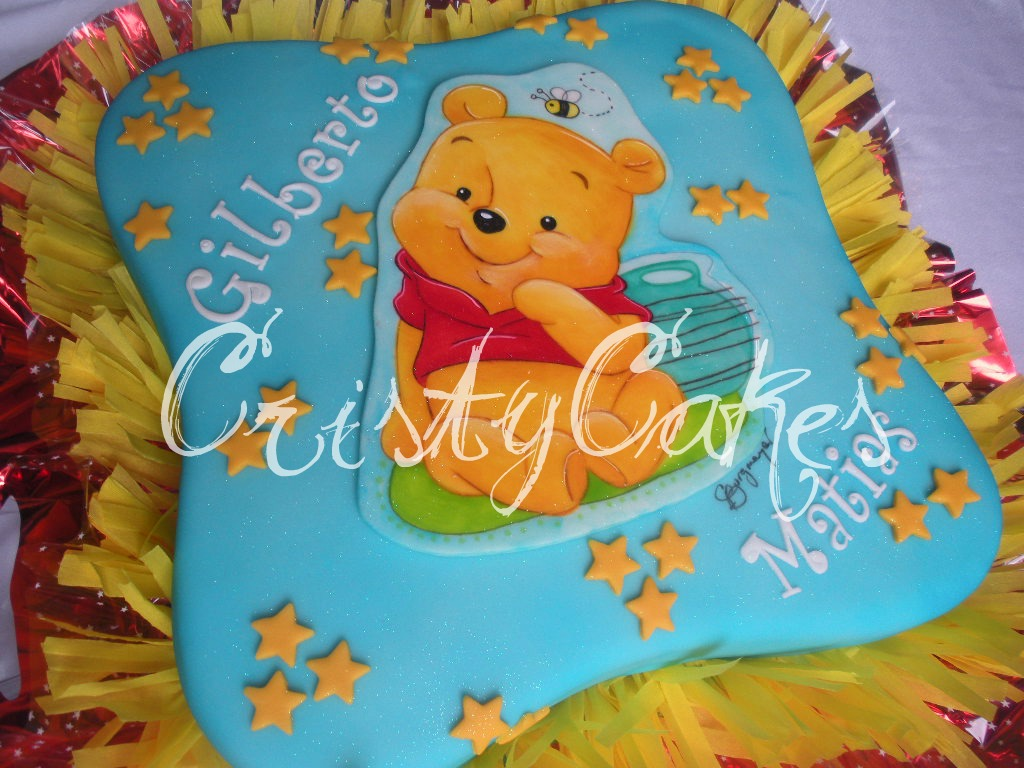 Cristy's Cakes: Baby Pooh / Winnie The Pooh Bebé