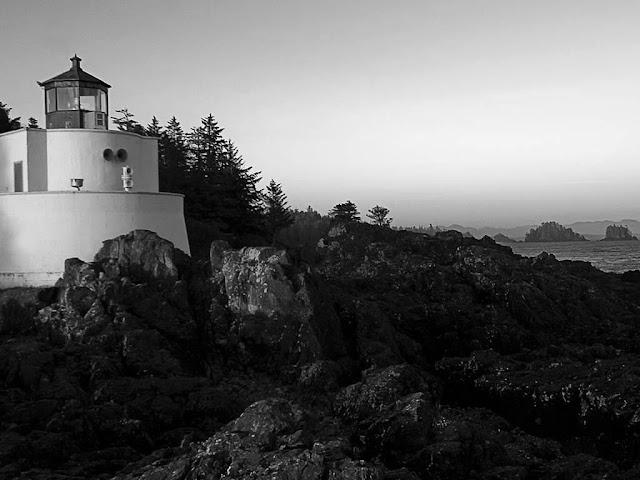 Lighthouse Black and White Wallpaper hd