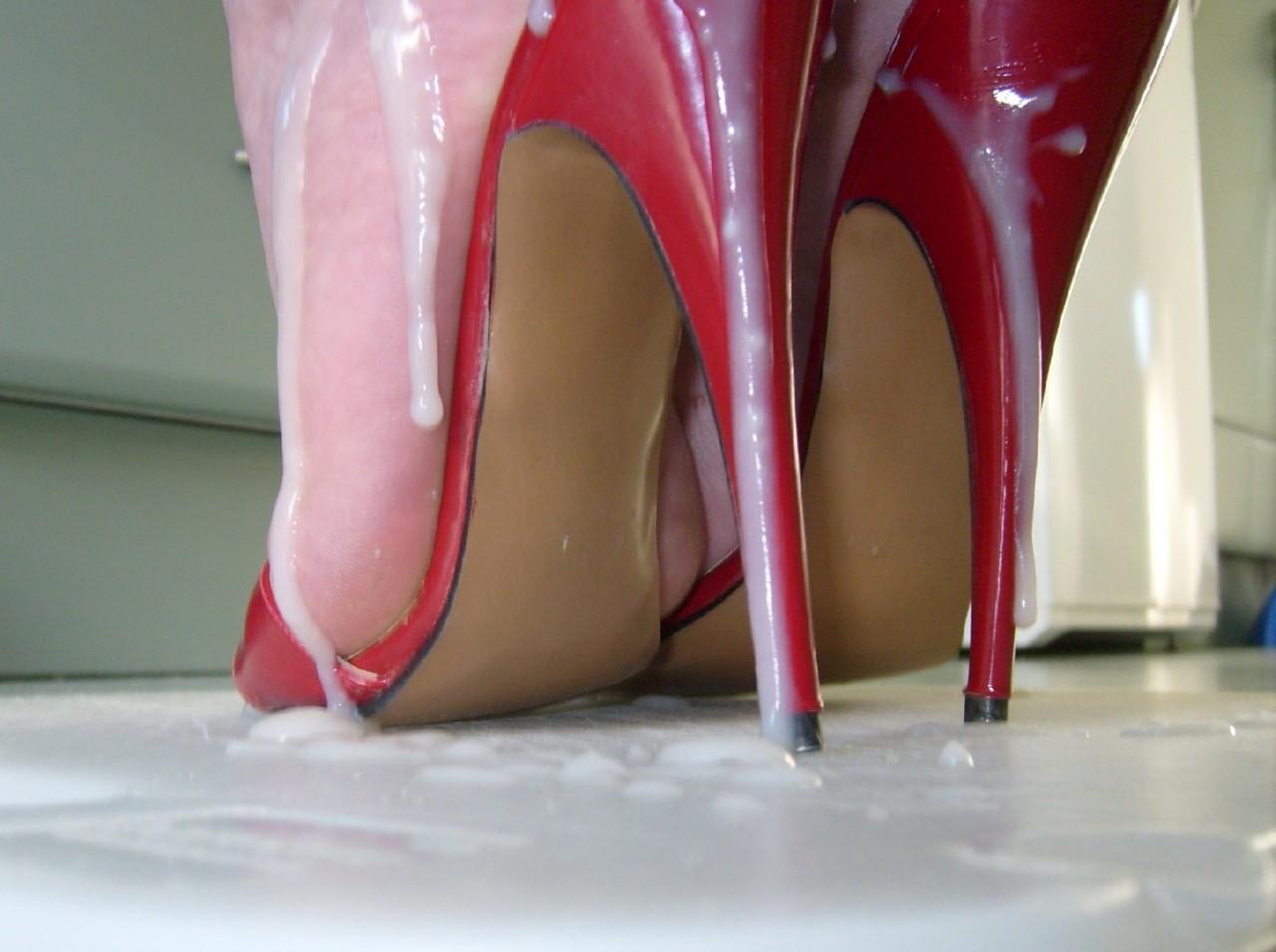 Туфли в сперме