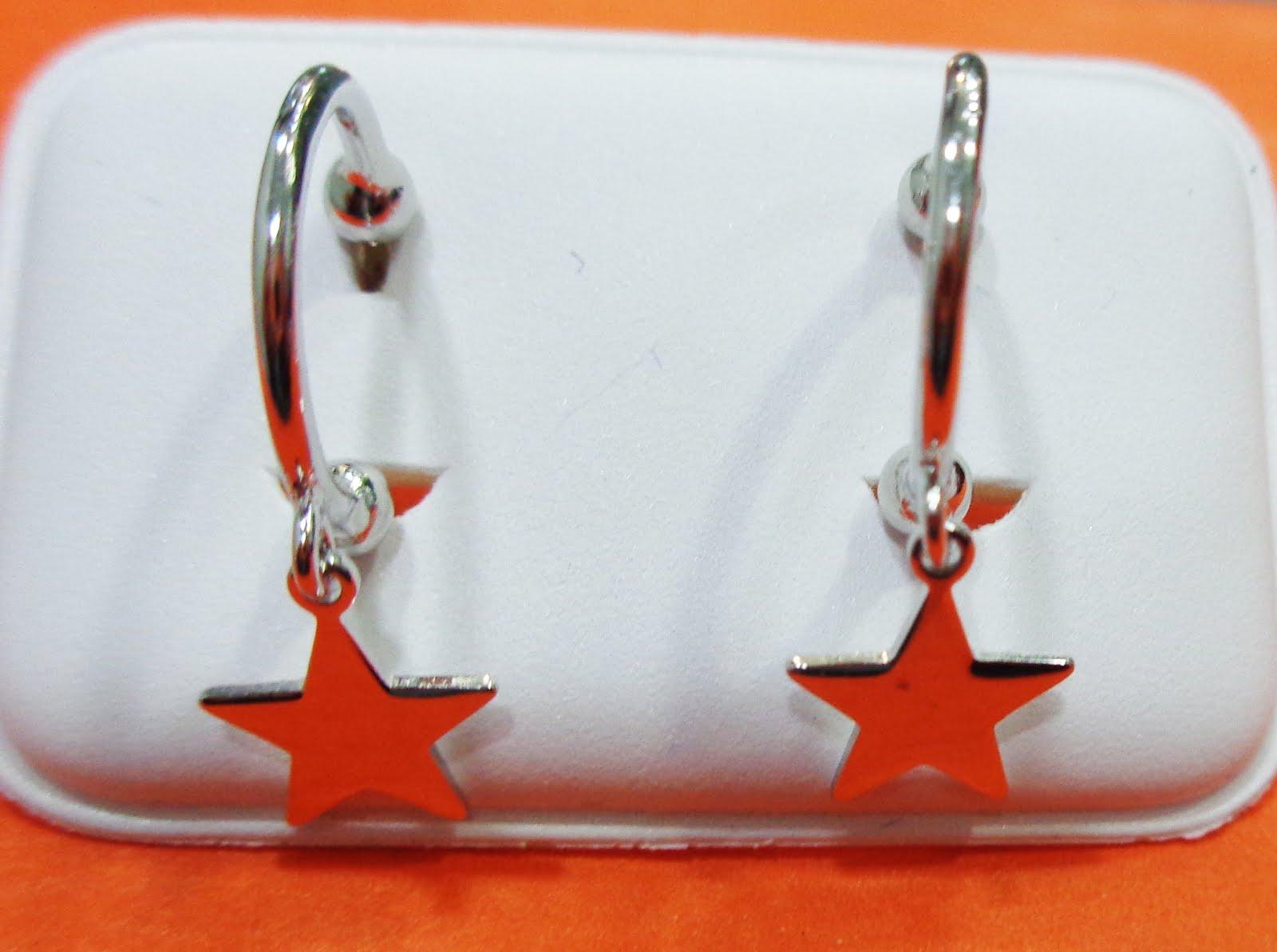 Pendientes de plata de aro y estrellas