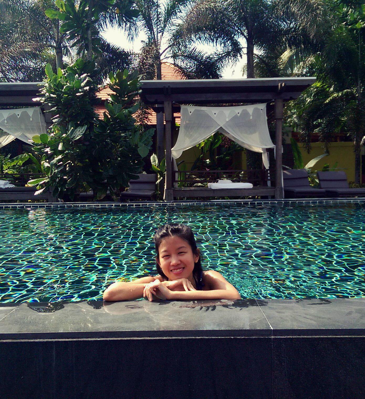 yiweilim, yi wei lim, yiwei lim, yi wei lim blogspot, khao lak, phuket, bang niang beach, bang niang, phangnga, chongfah resort, chongfah boutique hotel, chongfah khao lak, swimming