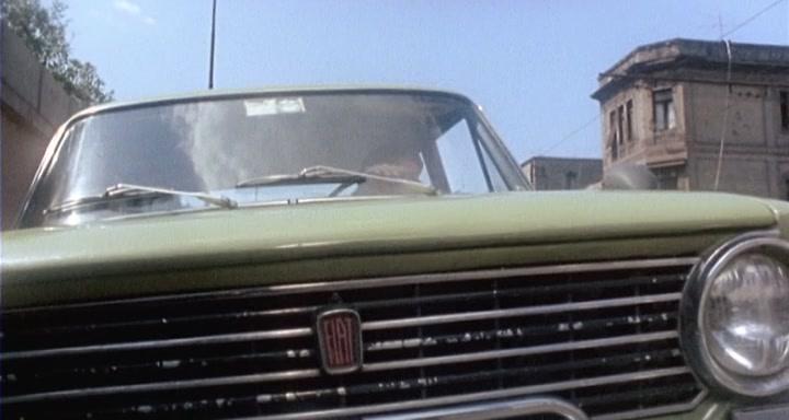 Udda film NAPOLI SI RIBELLA (1977) Italien, 92 minuter Regi Michele Massimo Tarantini