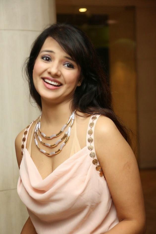 Saloni Aswani Actress Latest Cool Pics