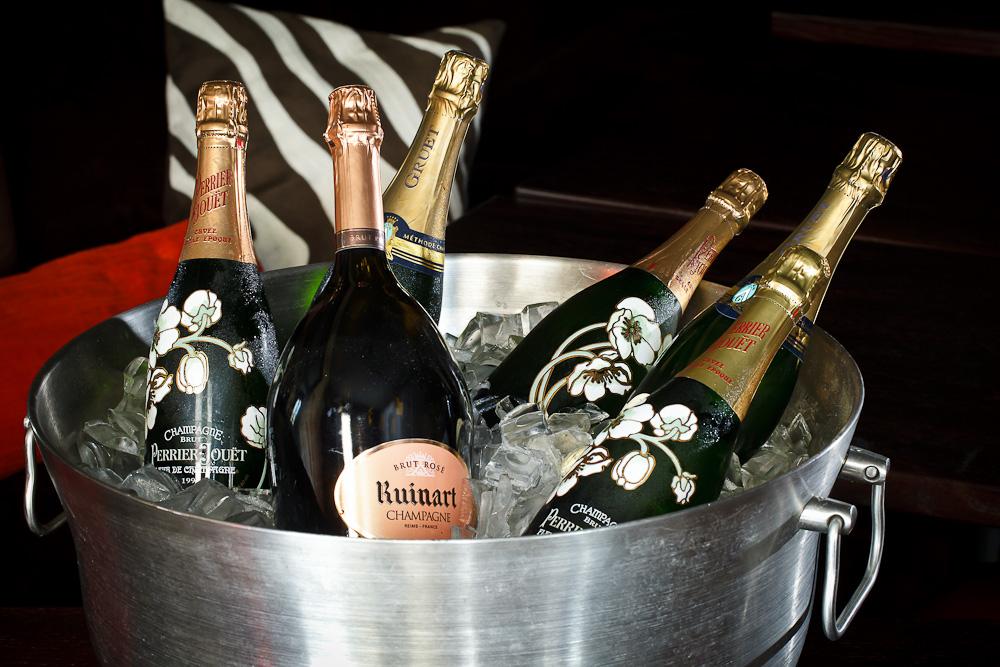Welches Image hat Champagne on Ice?   Bewertungen, Nachrichten, Such ...