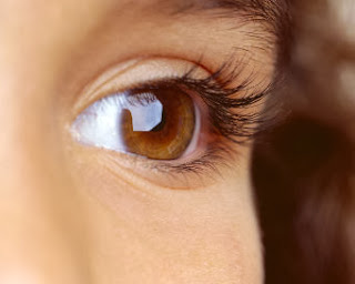 cara membuat mata indah bersinar