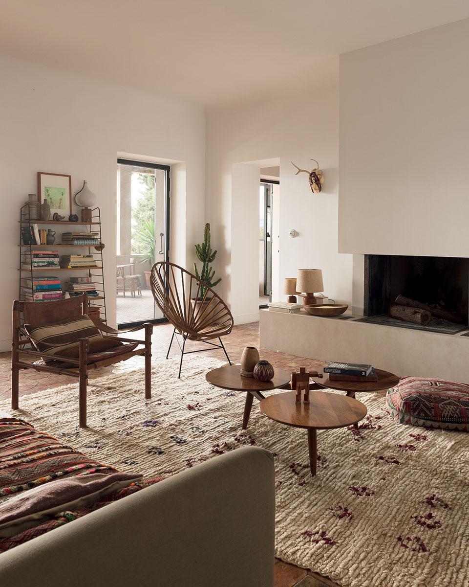 m chant studio blog at emma 39 s in marseille. Black Bedroom Furniture Sets. Home Design Ideas