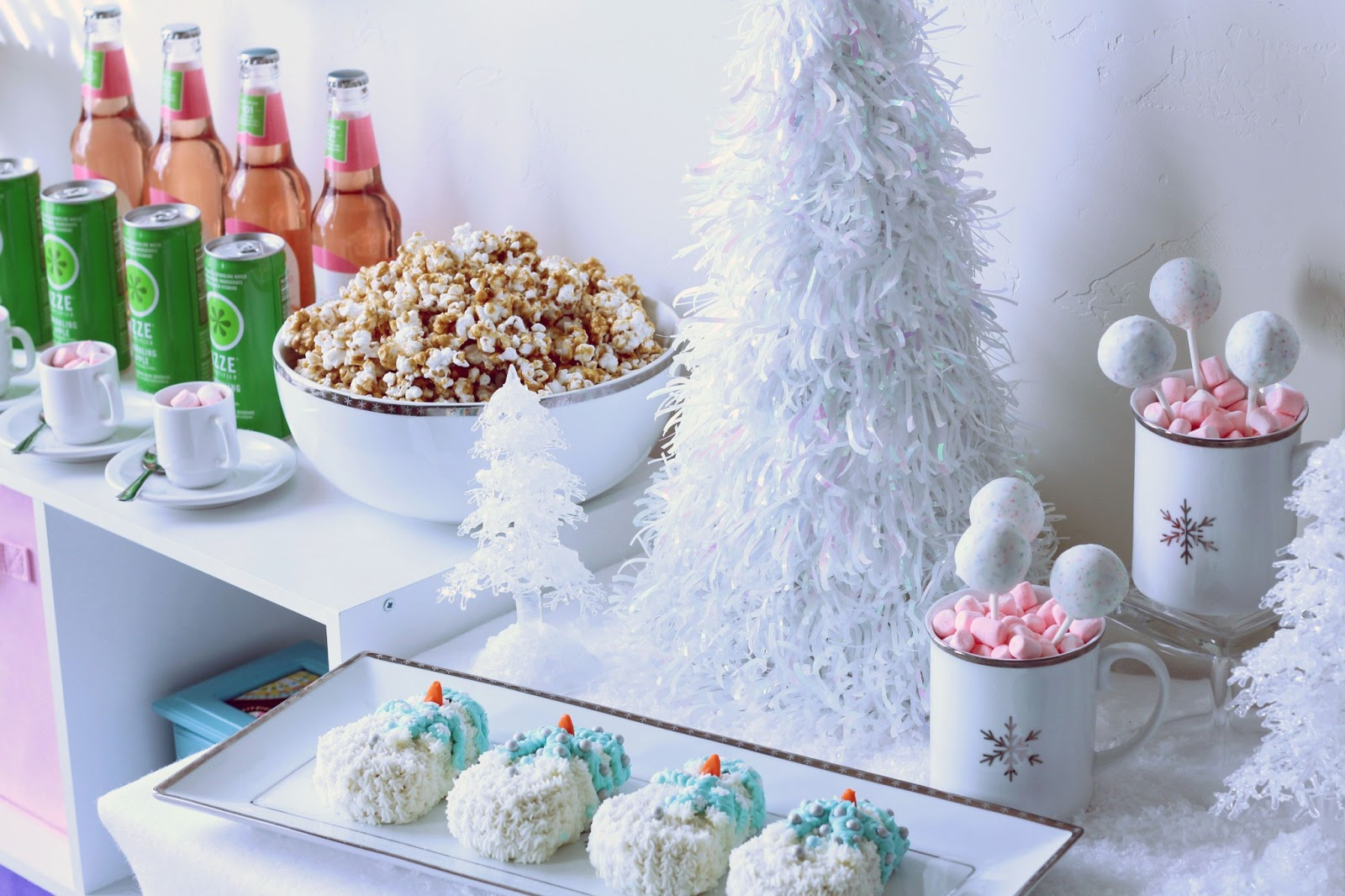 Worth pinning winter wonderland dessert party