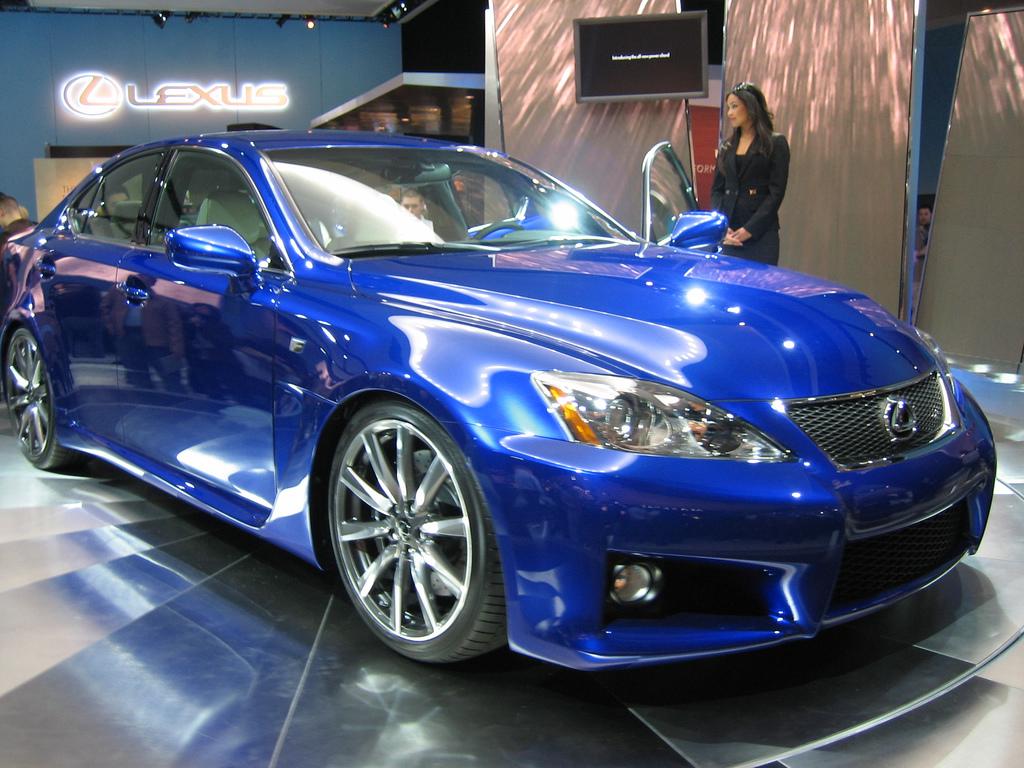 http://2.bp.blogspot.com/-f5doBFUO9_A/TrEAEnXlYsI/AAAAAAAAEQo/XKA-WoMmcyE/s1600/Lexus-ISF-2.jpg