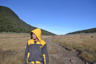Backpaker Ke Gunung Gede