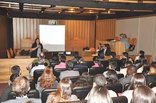 Promotora de Justiça ministra palestra para o curso de Direito do UNIFESO