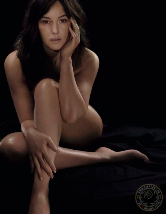 Christina aguilera totally nude