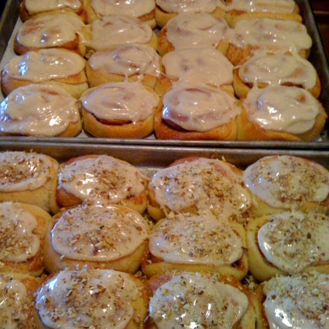http://www.kudoskitchenbyrenee.com/2012/07/homemade-cinnamon-rolls.html