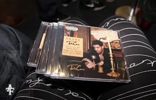 """>News // Drake Pourrait Vendre 700 000 Copies De """"Take Care"""" En Une Semaine"""