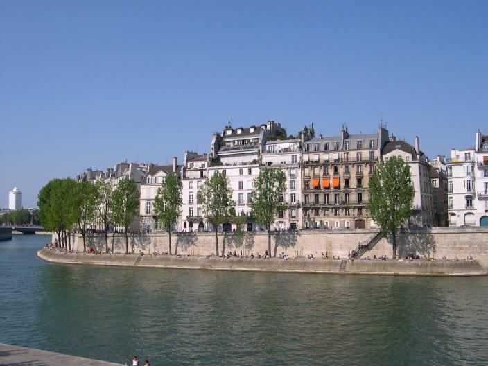 Les balades de pariseingalt l 39 le saint louis - Ile saint louis histoire ...