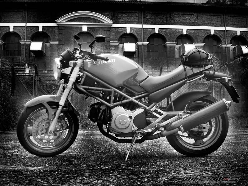 Ducati Monster 400 2000 Owner Manual