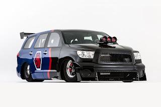 Toyota+Sequoia+Family+Dragster+1.jpg