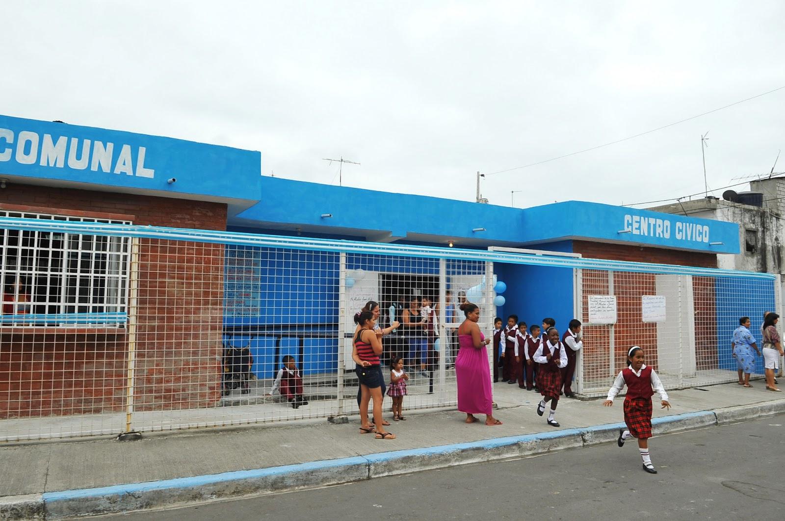 Blog vicealcaldesa tabacchi inaugur el for Casas municipio guayaquil