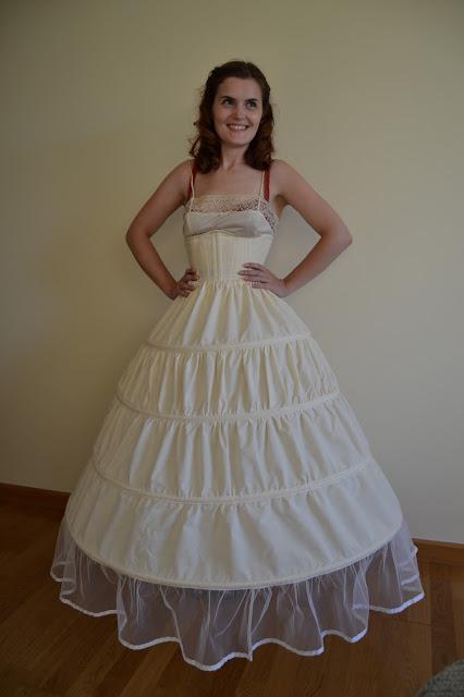 Scarlett dress, hoop skirt, corset, foundation, umbrella
