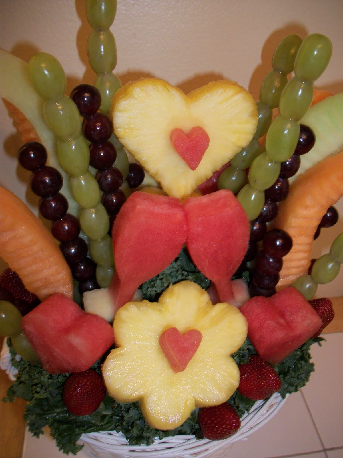 Fruit Carving Ve able Carving Garnishes and Edible Arrangements Fruit Fl