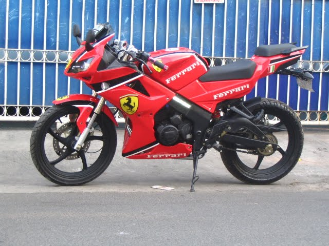 Best Modifikasi Motor Minerva R 150 VX Airbrush Ferrari 1 title=