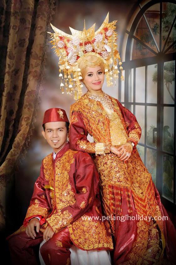 Pakaian adat Sumatera Barat » Budaya Indonesia