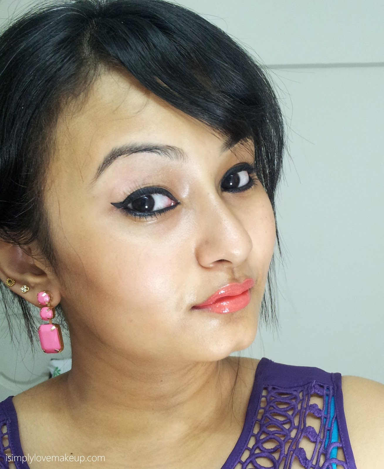 Lakme Absolute Gloss Stylist Lip Color in COral SUnset