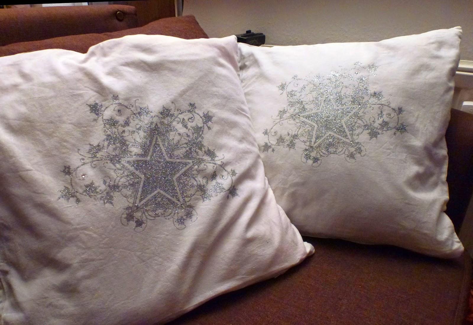 Sternkissen in weiß und silber