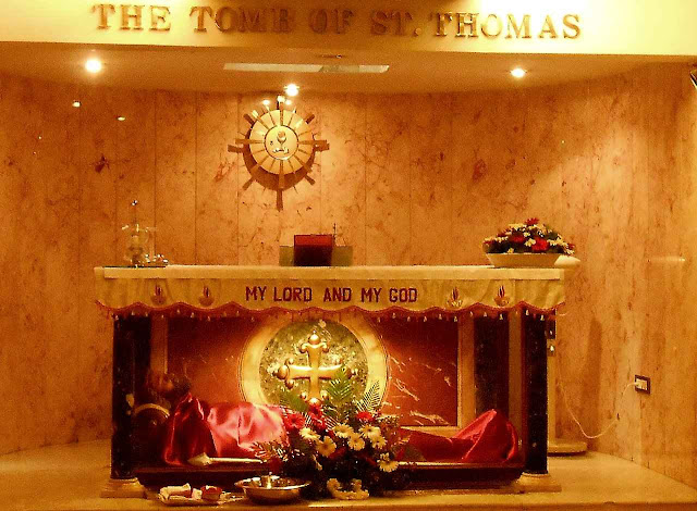 O túmulo de São Tomé Apóstolo em Chennai, ex-Madrás, Índia