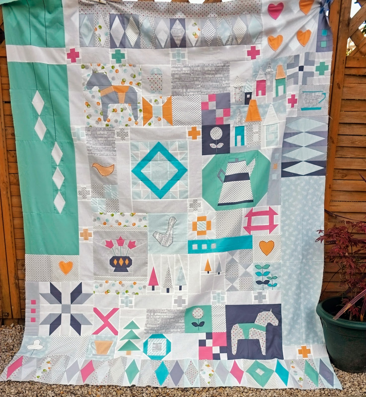 I'm Going To Hand Quilt This One And Eventually It Will End Up In Our  Bedroom Trying To Keep Wilbur And Charly Paw Prints Off It Will Be A  Challenge And It
